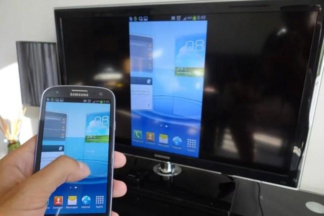 Как вывести изображения с телефона на телевизор