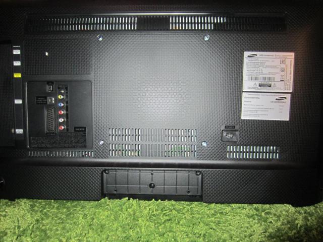 Телевизор samsung ue32m5000ak - комплектация