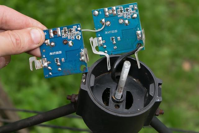 Усилитель ТВ сигнала уличной антенны на даче